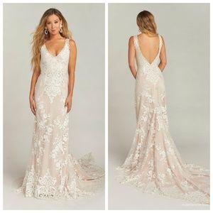 Show Me Your Mumu Contessa  Lace Wedding Dress